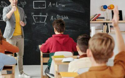 Quand et comment puis-je changer d'école en secondaire?